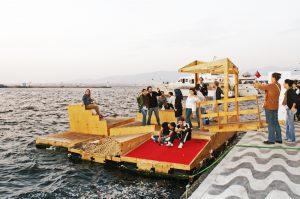 Izmir floating docs